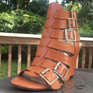 HP!💎 Vince Camuto, NIB Leather Gladiator Wedges